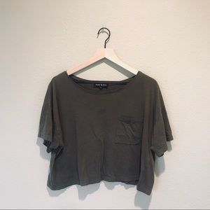 Amy & Ivy Crop Top